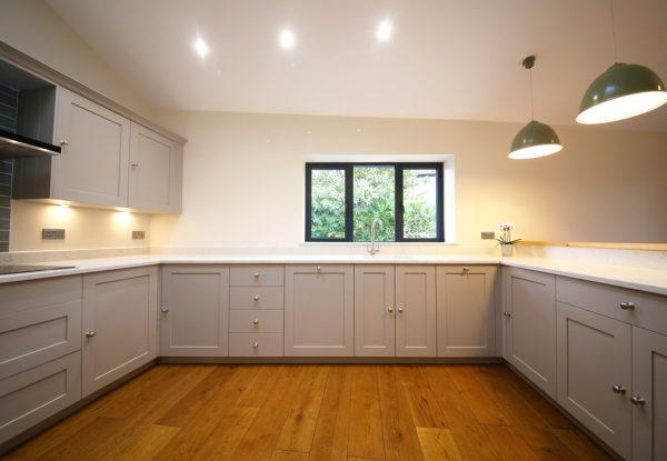 Full Kitchen 1