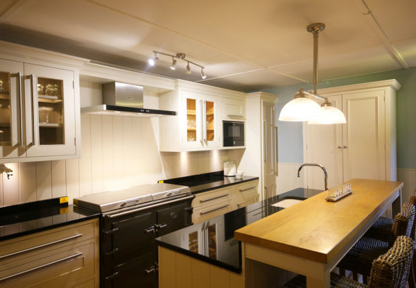 Full Kitchen 15