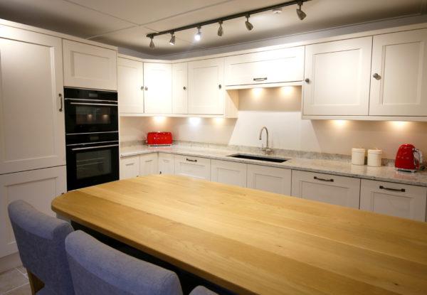 Full Kitchen 8